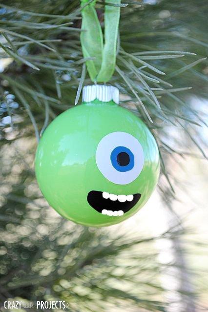 Disney Weihnachtsdeko selber machen-Monster AG. Kugel basteln