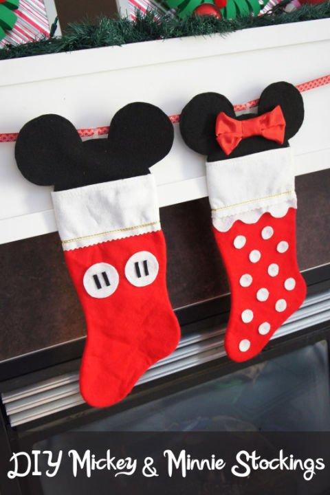 Disney Weihnachtsdeko selber machen-Weihnachtssocken basteln-Mickey und Minnie Mouse