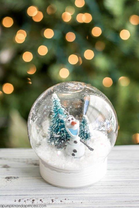 Disney Weihnachtsdeko selber machen-DIY Olaf Schneekugel Frozen