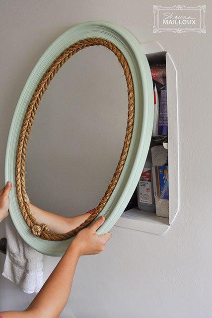 Badezimmer gestalten - Regal hinter dem Spiegel verstecken