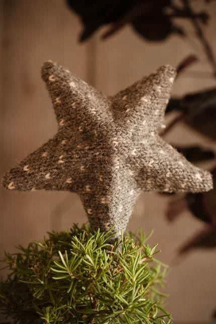 Weihnachtsdeko aus Pullovern basteln - Stern