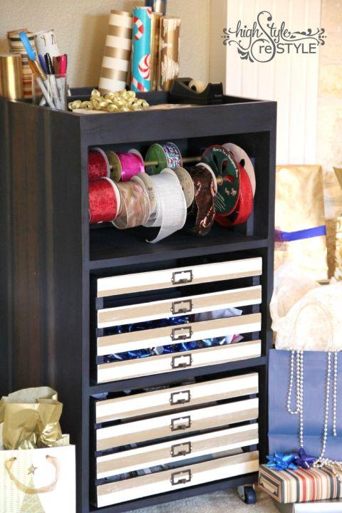 DIY Holzkisten-Deko-Wohndeko selber gestalten-Aufbewahrung für Geschenkpapier
