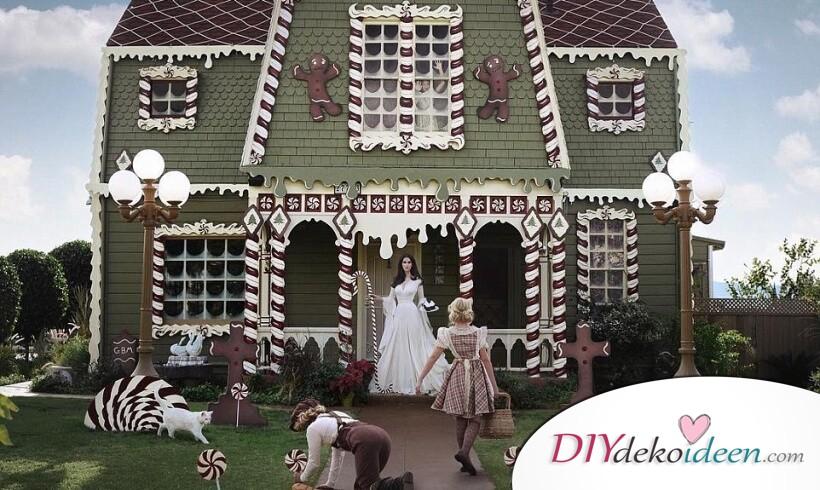 Atemberaubende Weihnachtsdekoration: Lebkuchenhaus lebensgroß