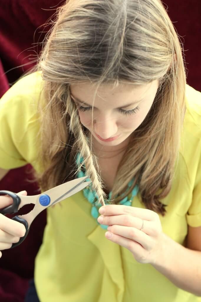 DIY beuaty Ideen - Life Hacks für Frauen - gegen gespaltene Haarspitzen