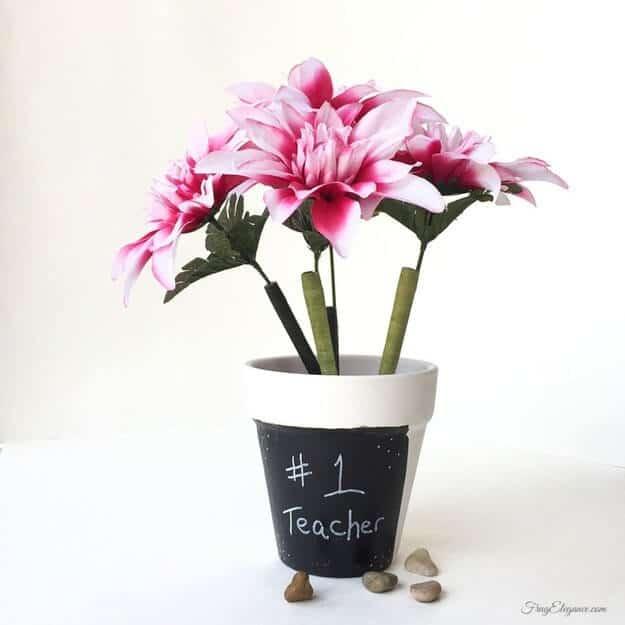 Blumentopf selber basteln - Kunstblumen Deko