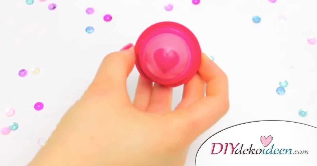 EOS Lippenbalsam abkühlen - Beautyprodukte selber machen