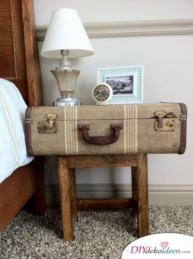 rustikale Wohndeko - Nachttisch aus einem alten Koffer selber machen