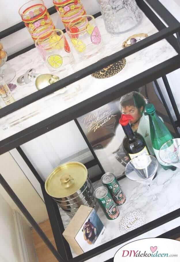 DIY Wohndeko Bastelideen-mit Kontaktpapier eine Bar verschönern