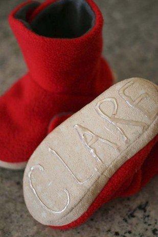 Klebstoff gegen rutschige Hausschuhsolen