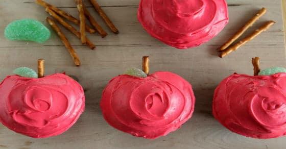 Diese süßen apfelförmigen Cupcakes würde selbst Schneewittchen gerne essen