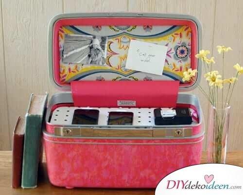 Ladestation aus einem Koffer basteln