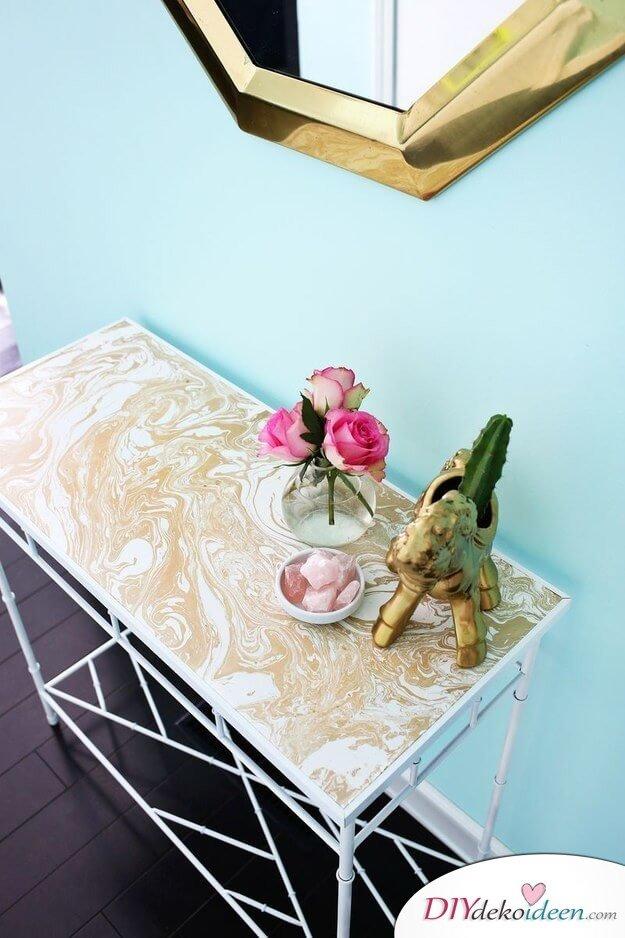 Vorzimmer-Tisch mit Kontaktpapier veredeln-DIY Wohndeko Bastelideen