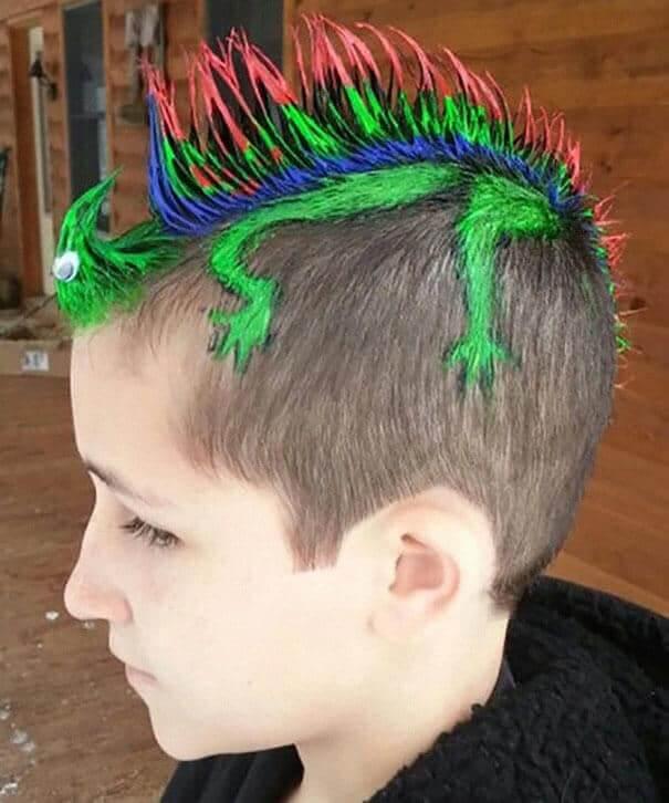 grüner Leguan Haartrend - Lustige Frisur für Jungs