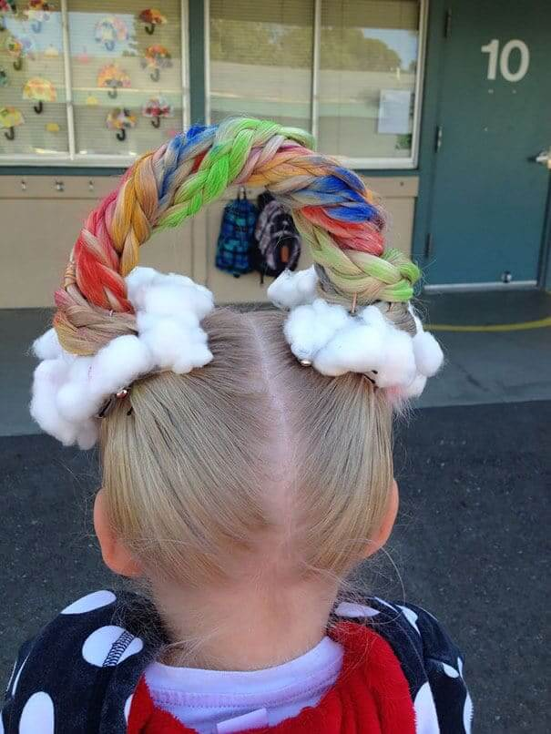 Regenbogen Haare selber kreieren - Lustige Frisur-Ideen zum Karneval