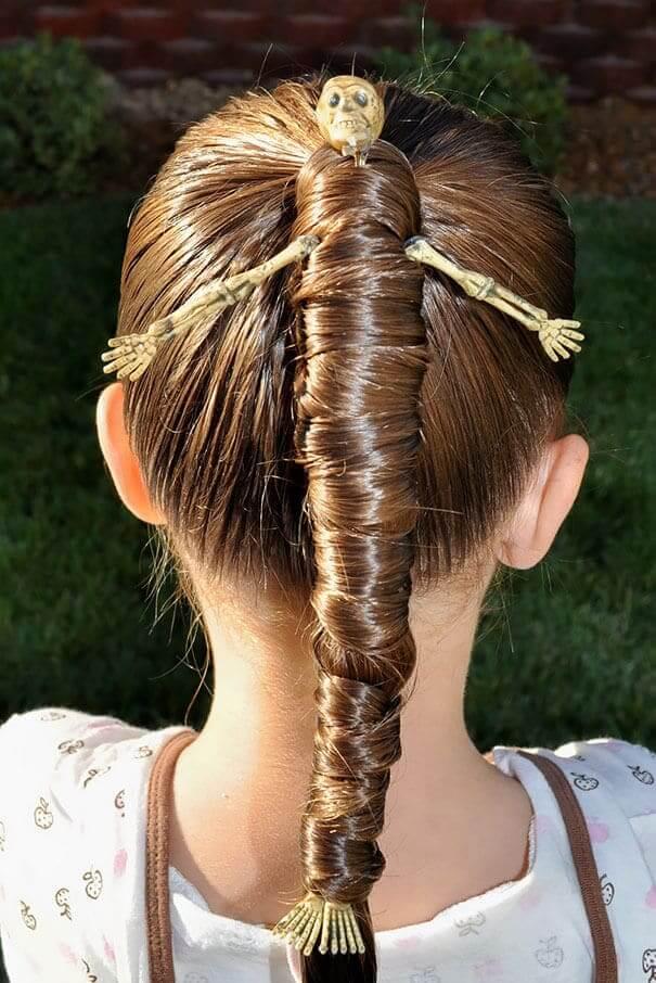 Mumien-Haare - DIY Frisur Ideen zu Halloween