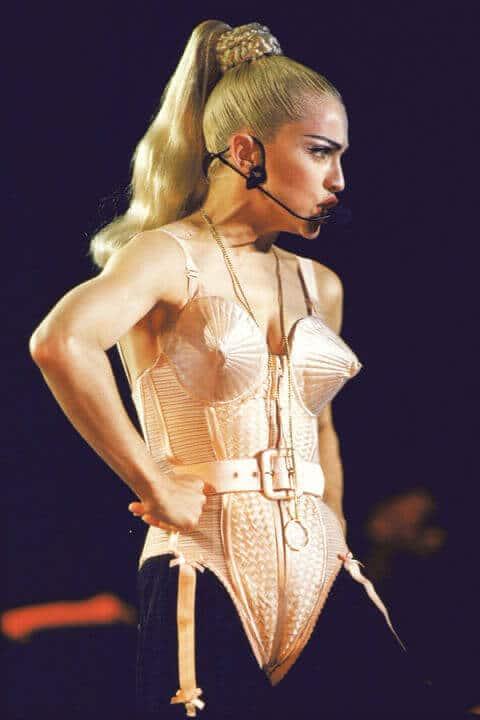 Powerhouse Pony inspiriert von Madonna, ausgefallener Haartrend