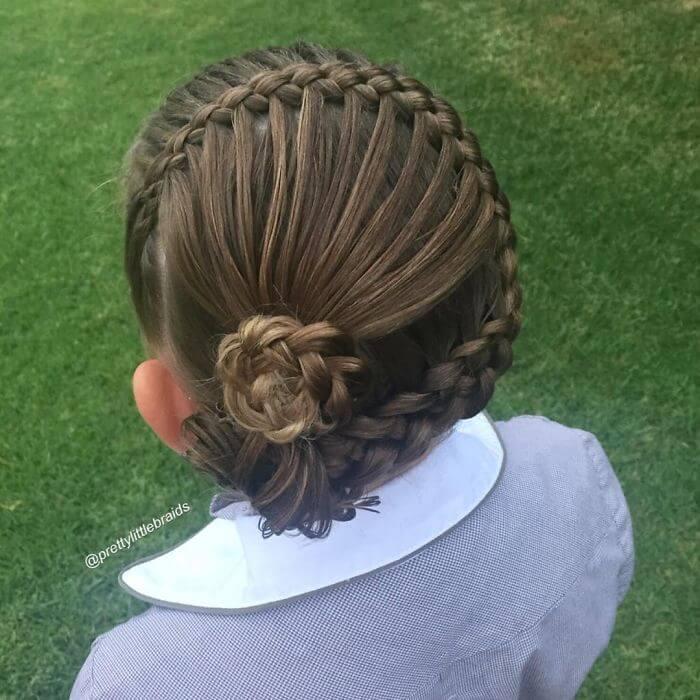 atemberaubender Haartrend-Flechtfrisur-Hingucker