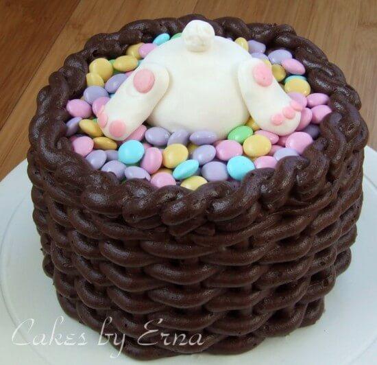 Leckerer Schokokuchen zu Ostern - Süße Torte mit Osterhasen