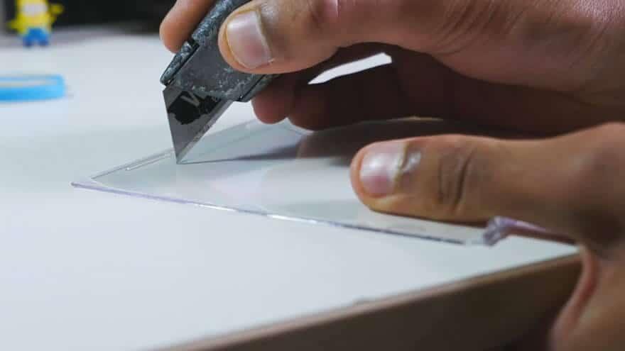 Handy Projektor selber basteln - kreative Bastelidee