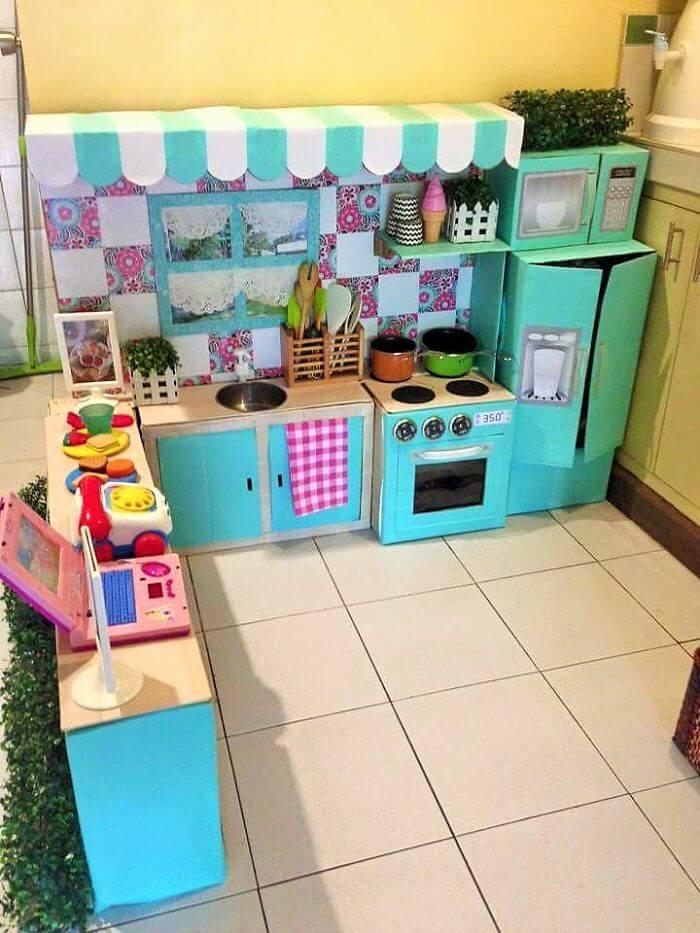 Spielecke in der Küche für Mädchen gestalten