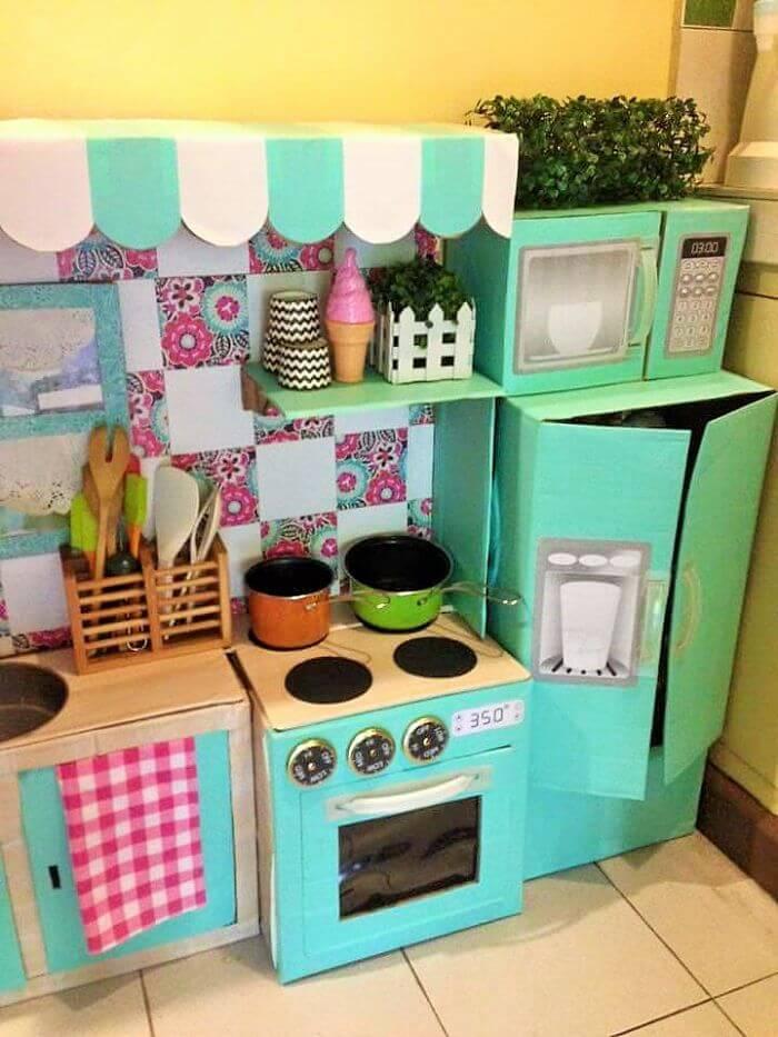 Mini Kühlschrank und Mini Backofen für Mädchen