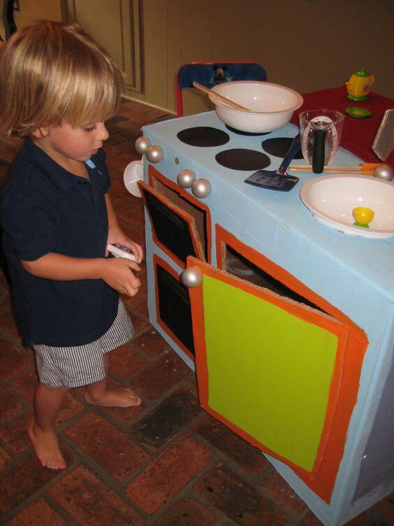 DIY Spielküche - Bastelideen für Kinder