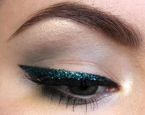 Glitzereyeliner-Ideen, festliche Make-up Ideen