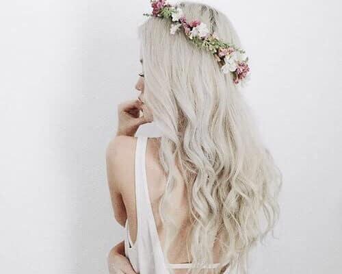 Blumenkrone selber machen - DIY Haardesign für den Sommer