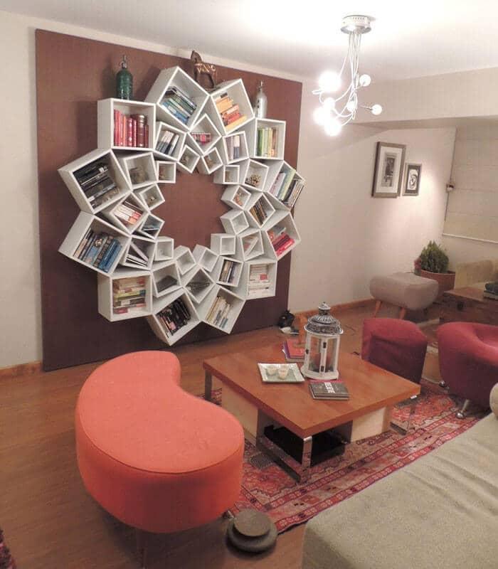 Blumenförmiges Regal selber machen - DIY Wohnideen für Bücher