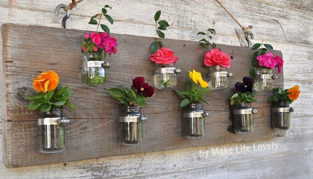 Einweckglas Deko mit Blumen und Holz