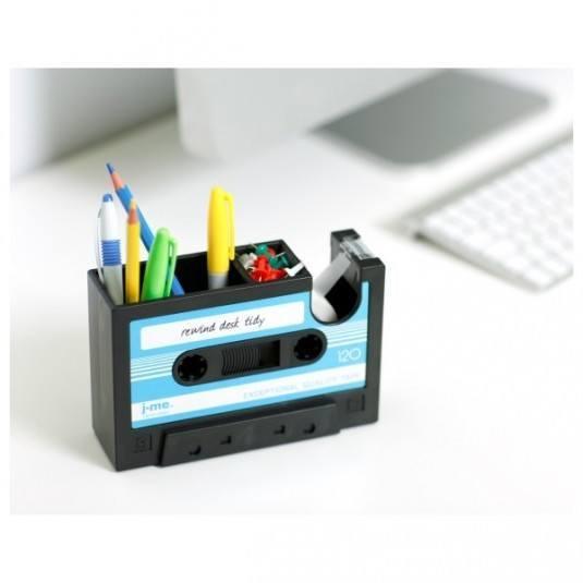 Büroaccessoires aus Kassetten selber basteln - DIY Bastelideen