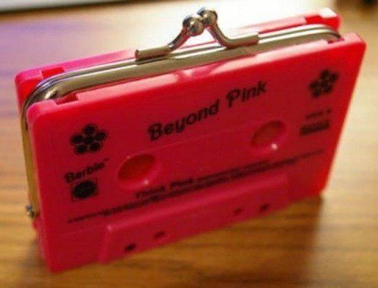 DIY Geldbörse mit Kassetten basteln - extravagante Geschenkideen