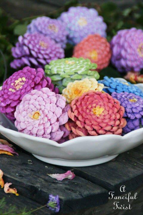 Tannenzapfen zu Blumen bemalen-Tischdeko Bastel Ideen
