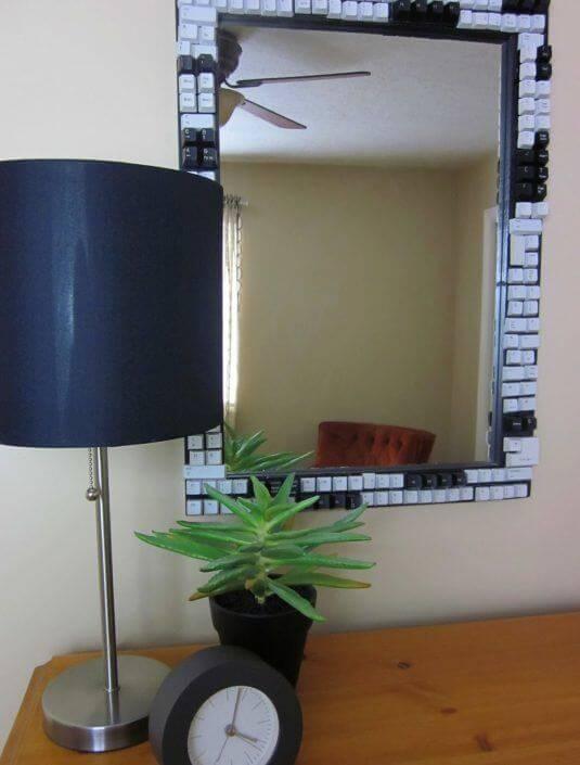 es ist unglaublich was man aus einer alten computer tastatur machen kann. Black Bedroom Furniture Sets. Home Design Ideas