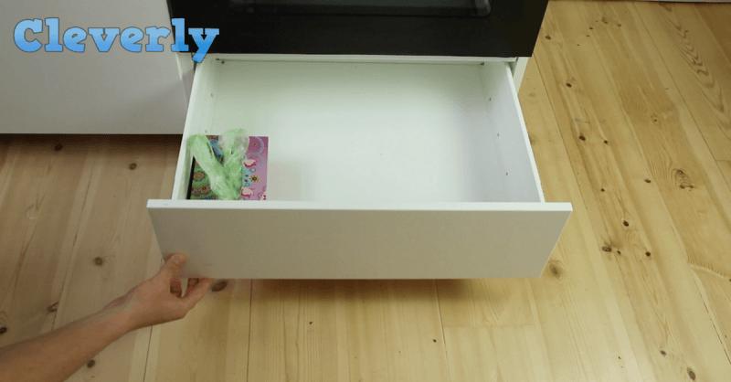 nach dem einkaufen t rmen sich die plastikt ten aber mit diesem trick. Black Bedroom Furniture Sets. Home Design Ideas