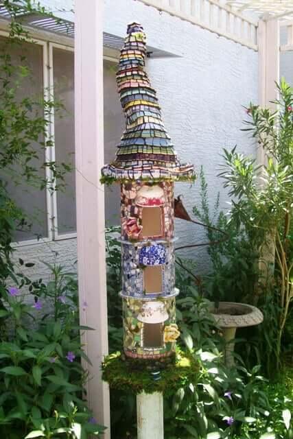 DIY Dekoidee-Märchenhaus selber machen-Gartendeko