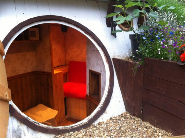 Hobbit Haus dekorieren - Mini Garten Deko Ideen