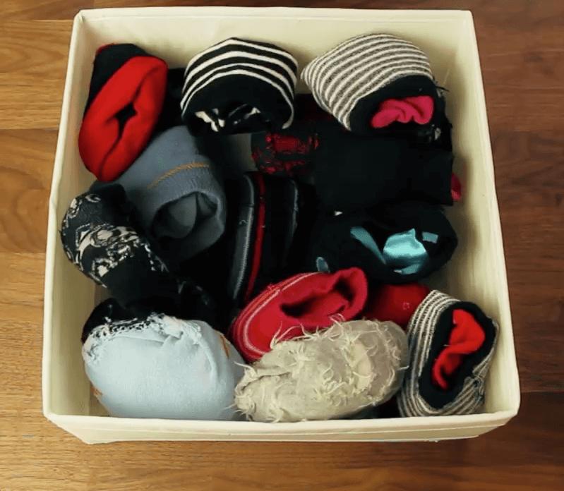 Die richtige Falttechnik für Socken