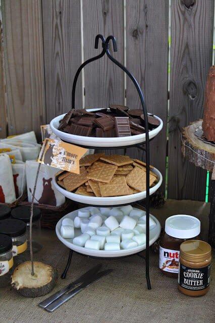 Garten Party Ideen - Süßigkeiten servieren