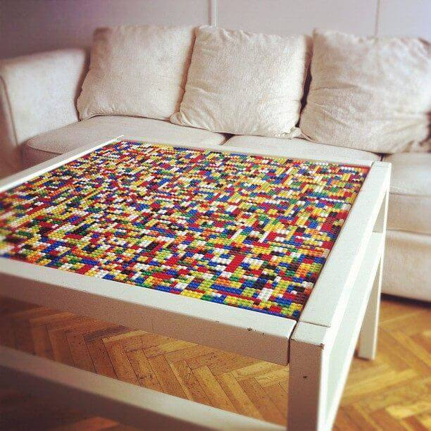 Wohnzimmertisch mit Ledo verzieren - DIY Bastelideen und Wohndekoideen mit LEGO