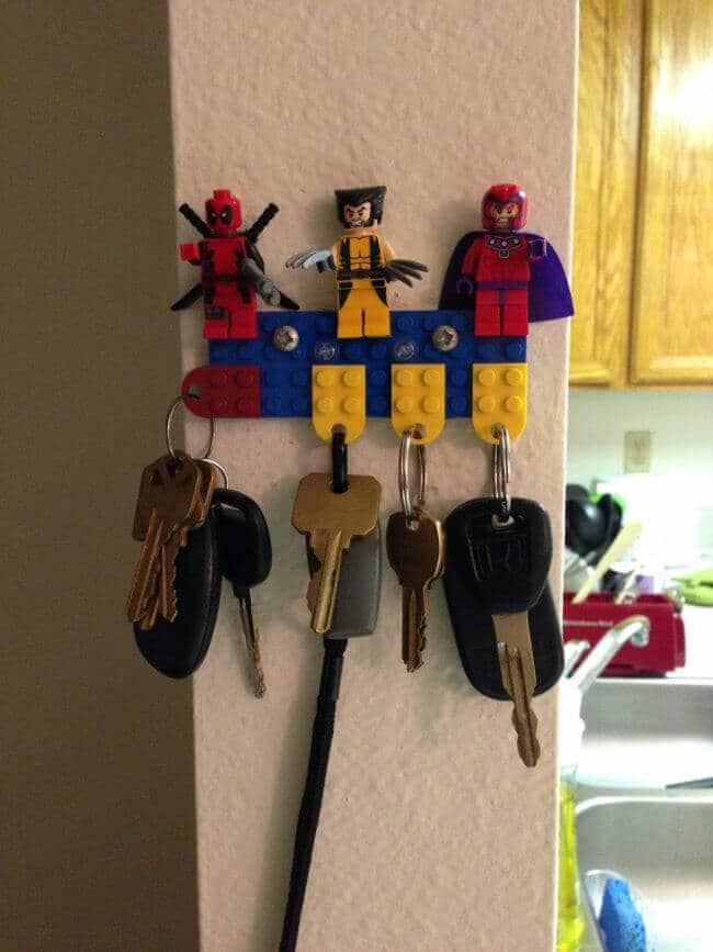 Schlüsselhalter aus Lego basteln - lustige DIY Projekte mit Legosteinen