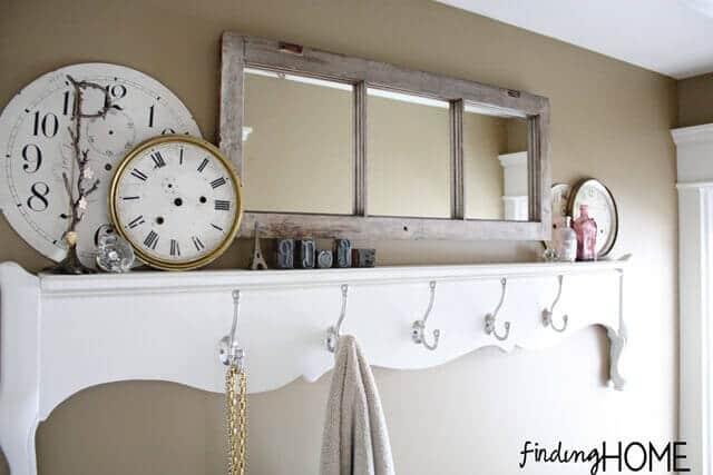 Badezimmer Deko - Spiegel aus alten Fenstern bauen