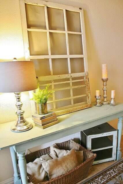 10 deko ideen mit alten fenstern die du unbedingt sehen musst. Black Bedroom Furniture Sets. Home Design Ideas