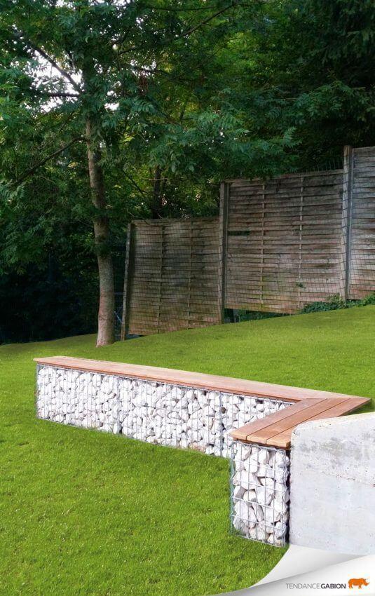 Gartendeko - Bank aus Steinen, Gitter und Holzplatten bauen - DIY Gartenbank