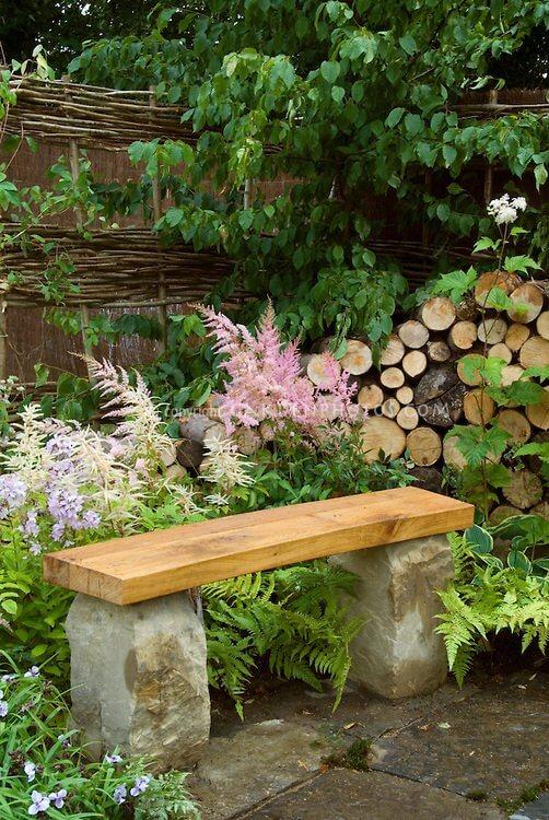Gartenbank zum Selbermachen - kreative Garten-Ideen