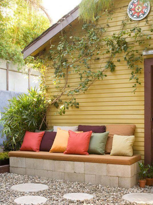 Selbst gemachte Bank - DIY Gartendeko Ideen