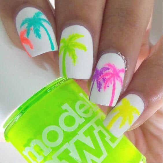 Sommerlook für deine Nägel - Palmen in Neonfarben