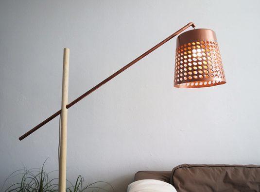 eine stehlampe von dieser krassen liste musst du sofort selber anfertigen. Black Bedroom Furniture Sets. Home Design Ideas