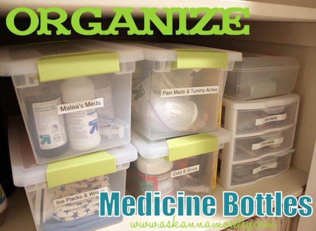 Medizin organisieren - Kisten mit Namen versehen