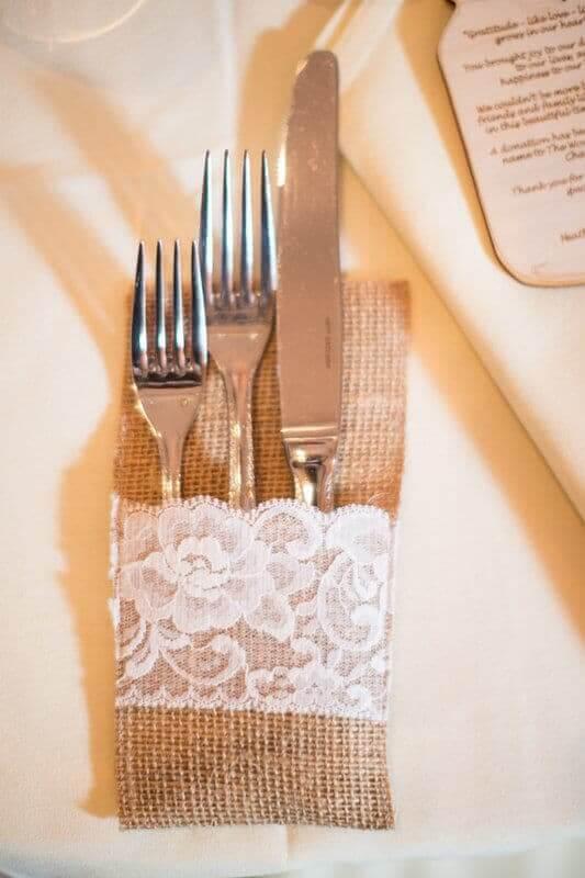 Sackleinen Tischdeko -Vintage Hochzeitsdekoration Ideen